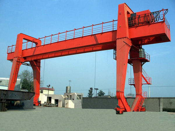Durable-MG-Gantry-Crane-With-Cantilever
