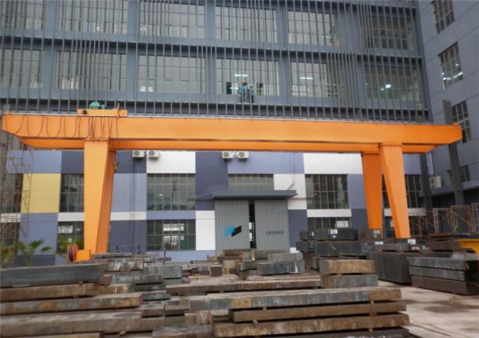 Select gantry crane 25 t